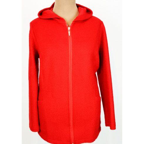 Piros színű,  zsebes, elől cipzáras, kapucnis, átmeneti polár dzseki