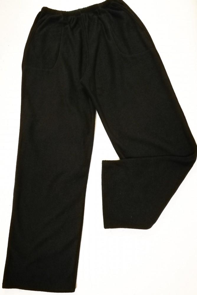 d9d2248c63 Elől hátul zsebes, gombos, cipzáras, vékonyabb anyagú férfi öltöny nadrág
