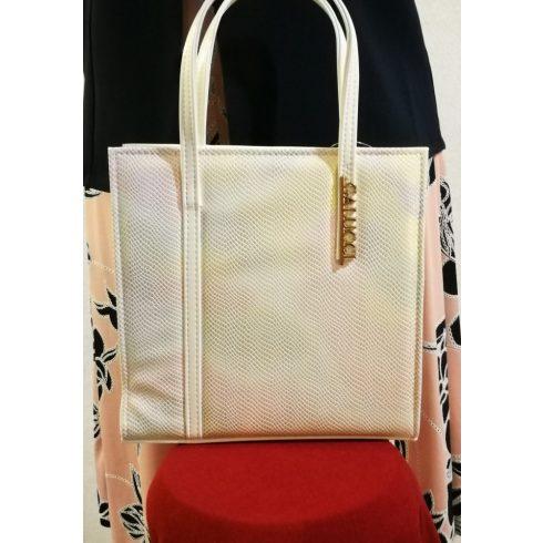 Cipzáras, kézi és  oldal válltáska, egy rekeszes, hosszú pánttal is használható, elől szivárvány , hátsó része fehér színű,  rizsbőr  alkalmi táska