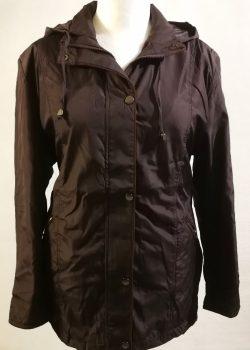 Padlizsán lila alapszínű, levehető kapucnis, zsebes, dupla anyagú, selyem béléses, karcsúsított, elől steppelt mintás, átmeneti dzseki