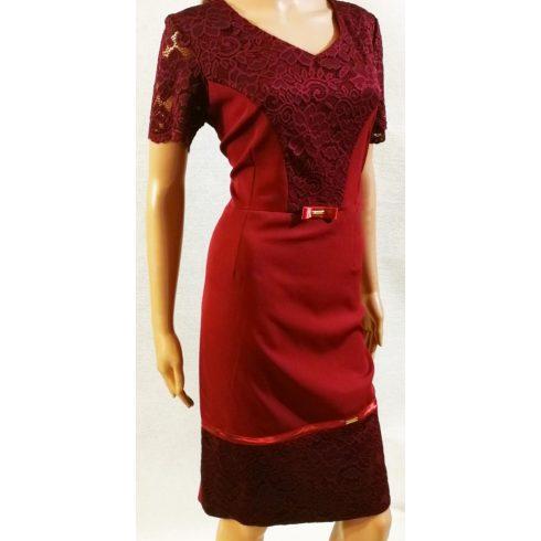 Mellrésznél és alul bordó csipke rátétes díszítésű, alkalmi ruha 42-50