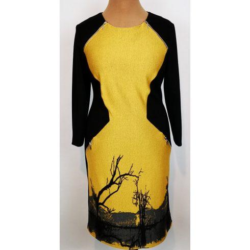 Kerek nyakú, hosszú ujjú, hátul és az ujja fekete színű, elől mustár sárga színű betétes, cipzárral és képpel díszített, kellemes, pamutos anyagú ruha